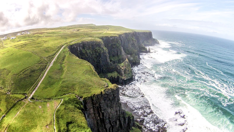 cliffs of moher beauty of ireland by drone – irland drohne